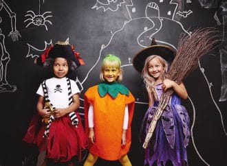 Health Tip: Dress Kids in Safe Costumes