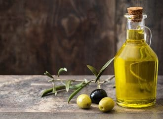 Easy Ways to Reap the Benefits of Extra Virgin Olive Oil
